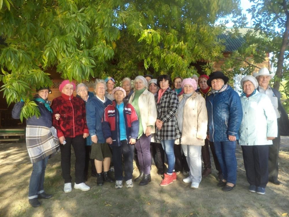 Общественники организовали поездку для пожилых людей и инвалидов на берег Дона