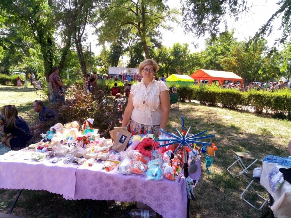 Волгодонские рукодельницы представили свое творчество на межрегиональном фестивале  «Нет вольнее Дона Тихого»