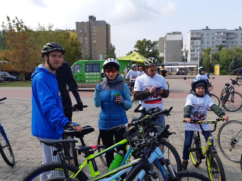 Несмотря на холодный ветер десятки волгодонцев приняли участие в велопробеге