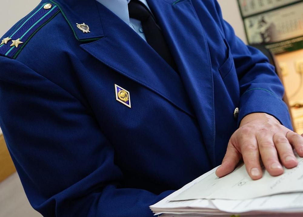 Увольнением и выговором отделались прокурорские работники Волгодонска, избившие полицейского