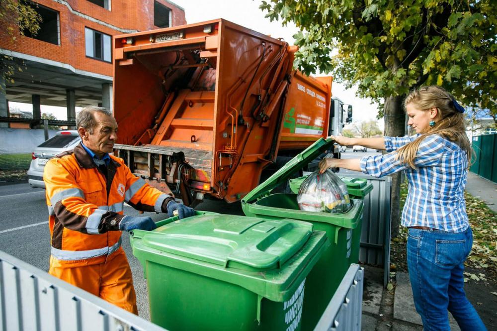 Оплата за услугу по вывозу отходов будет взыскиваться с задолжников через суд