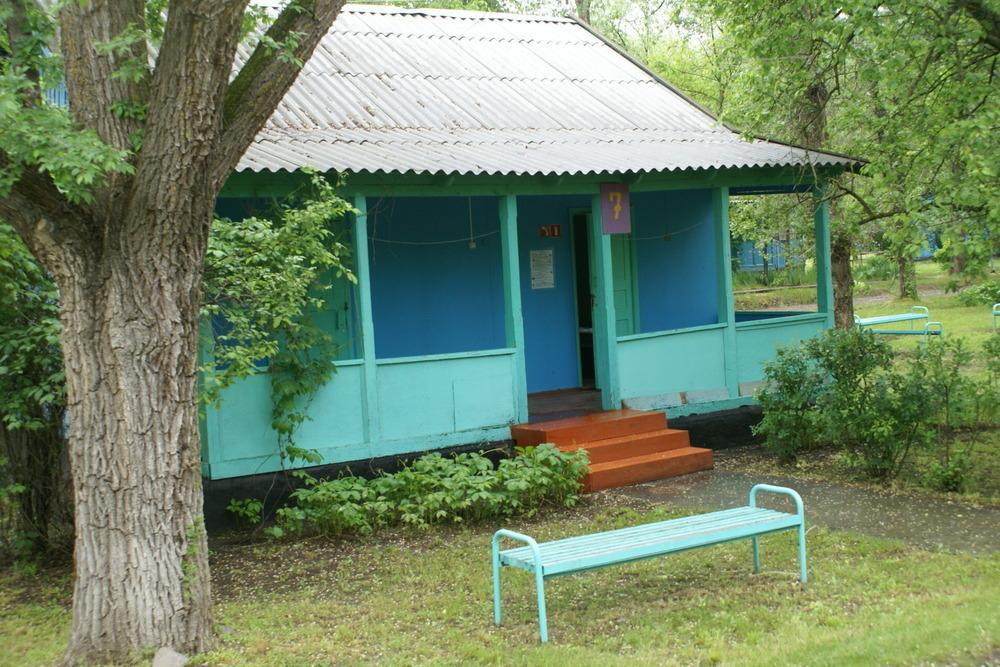 Домики в летнем лагере «Ивушка» требуют ремонта, - депутаты Волгодонска