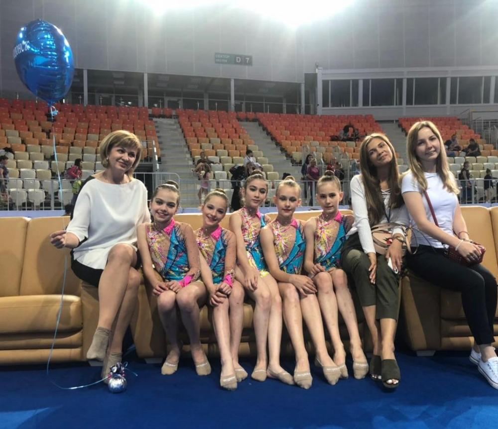 Красавицы гимнастки из Волгодонска поднялись на пъедестал Всероссийского турнира