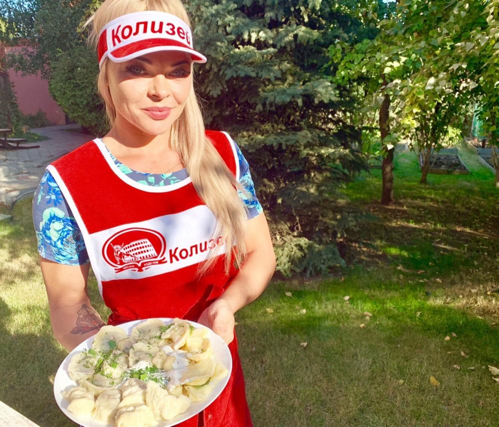 «Я не пробую то, что готовлю»: какими получились вареники Алены Карл