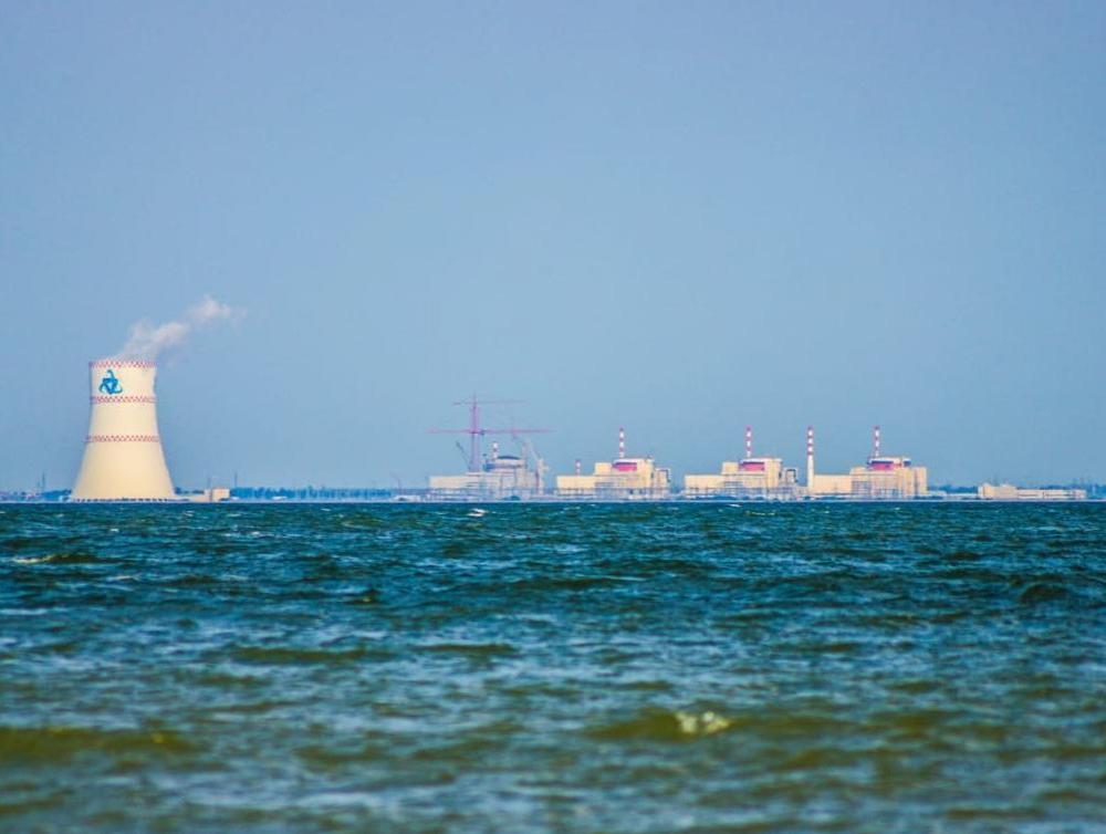 Из-за снижения давления водорода отключили энергоблок №2 РоАЭС, - источник