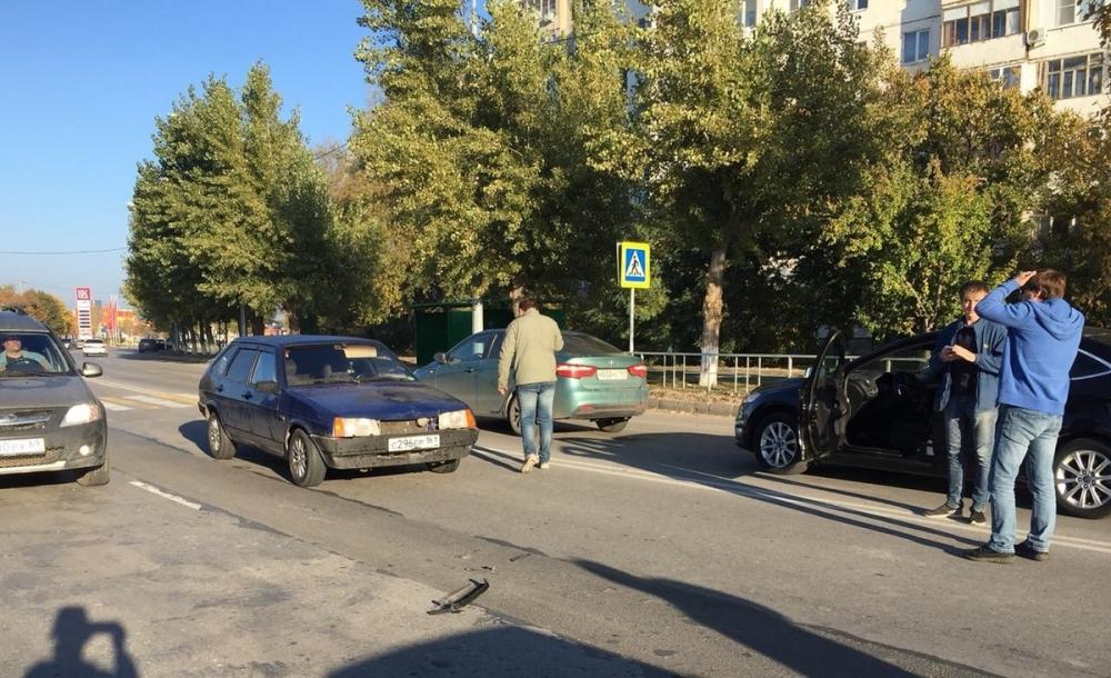 Двоих детей сбили на пешеходном переходе в Волгодонске