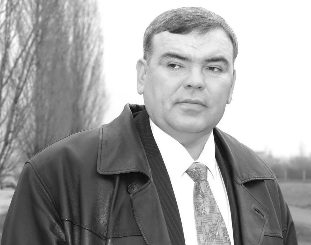 Александра Смольянинова похоронят с почестями - на прощание с депутатом приедут первые лица города