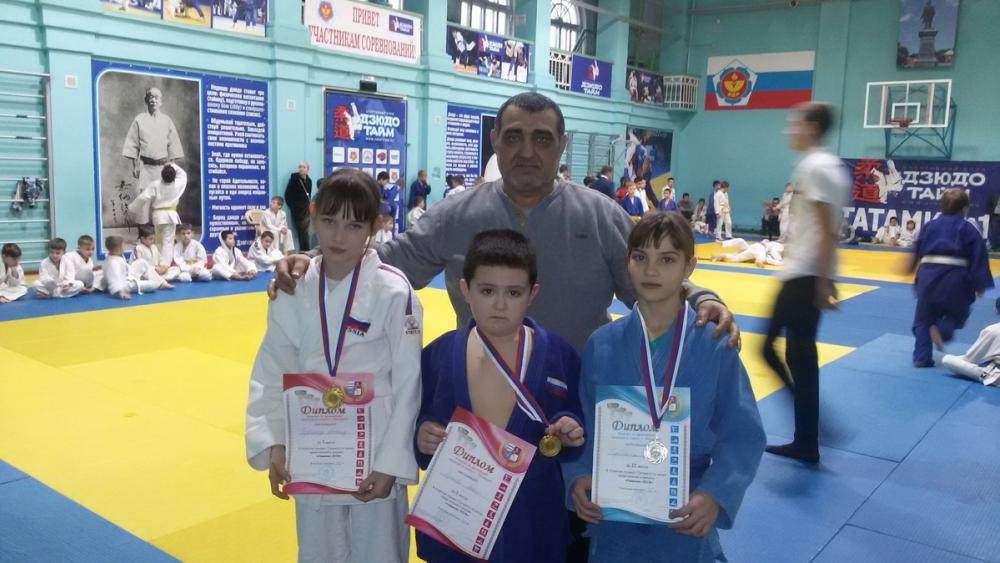 Волгодонцы успешно выступили на турнире по дзюдо