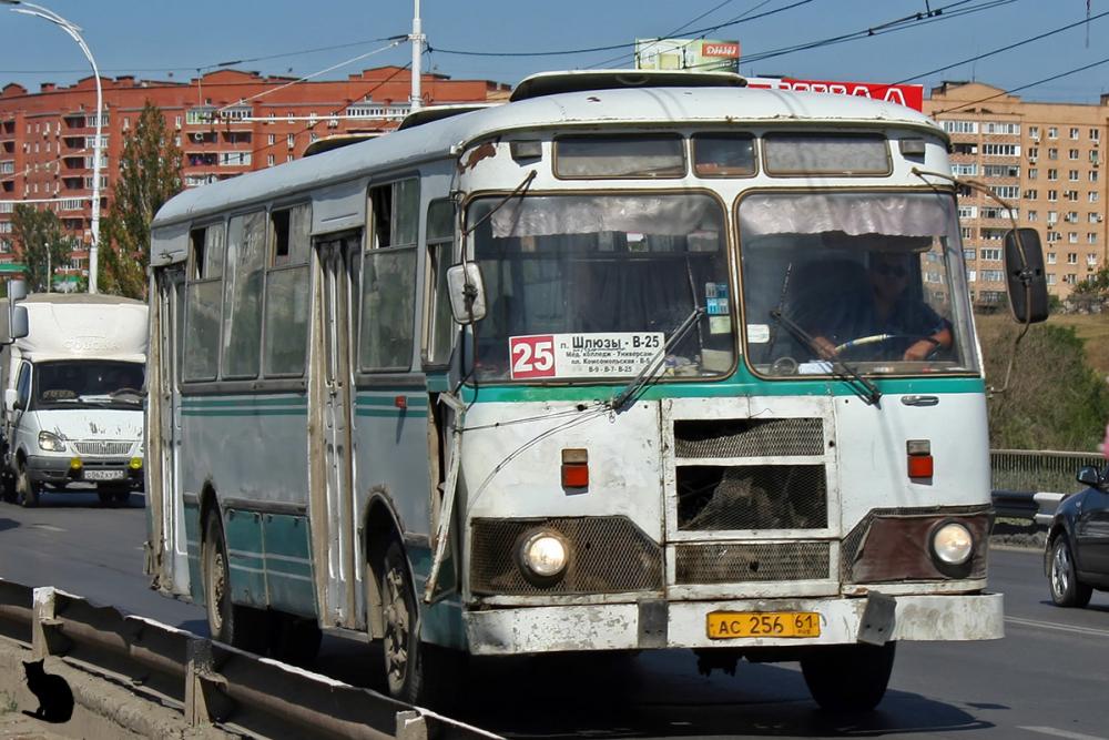 С этой субботы в Волгодонске начнется ежедневное движение дачных автобусов