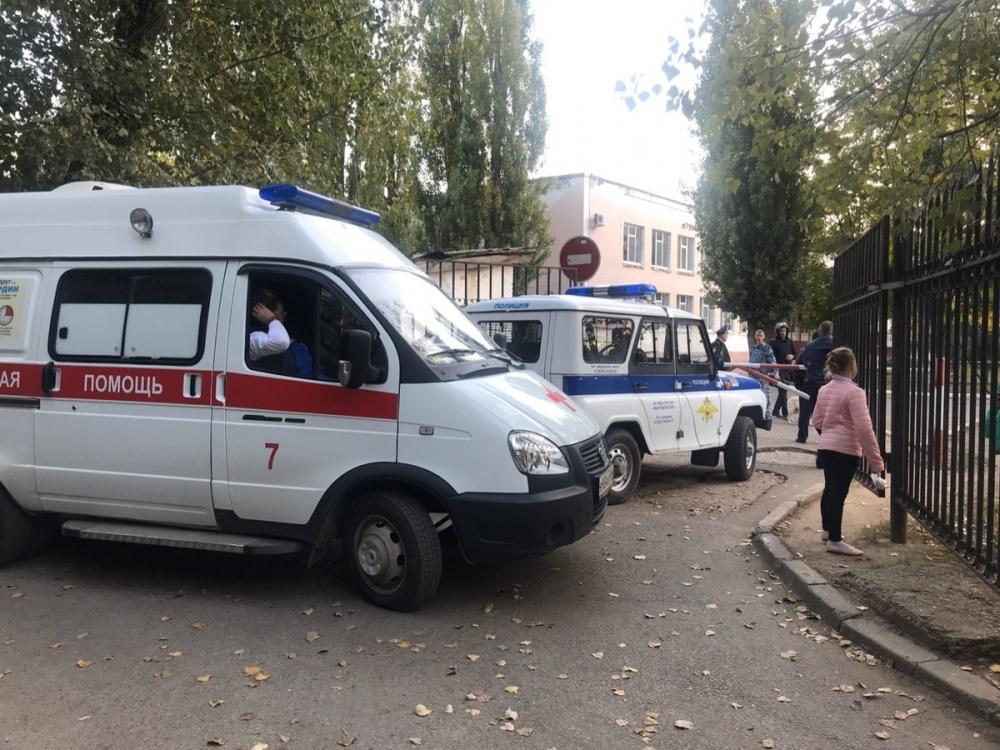 Неизвестные сообщили о заминировании школы №9 в Волгодонске