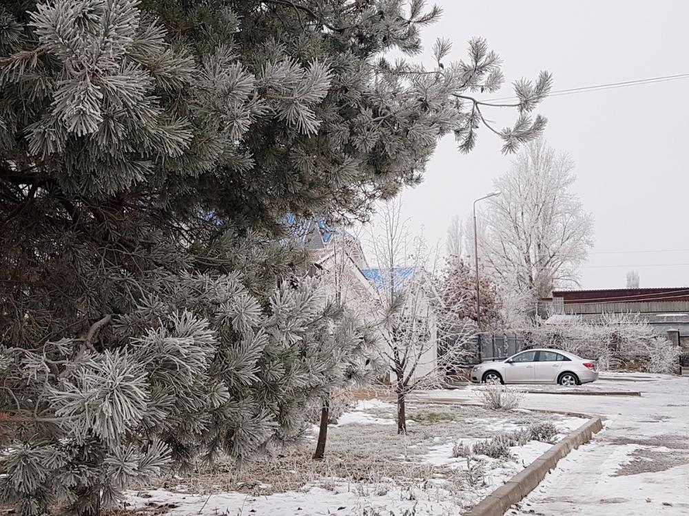 В Волгодонске для посыпания дорог зимой заготовили тысячи тонн песка и соли