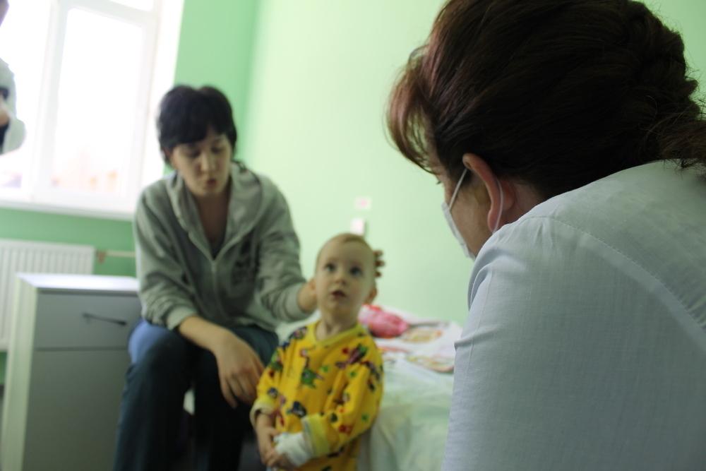 В Волгодонске дети больше не будут лечиться в здании с тараканами и дырами в стенах