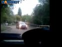 «Ты «кирпич» видела?»: Водитель разозлился на женщину, выехавшую на встречную полосу