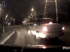 «Весеннее» обострение?: Возмущенный автомобилист смонтировал видео о смертельно опасных маневрах на дорогах Волгодонска