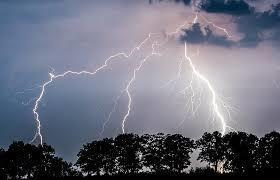 Ураганный ветер и опасные ливни:Волгодонск предупредили об ухудшении погоды