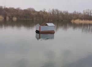В Волгодонске затапливает базы отдыха на берегу Дона