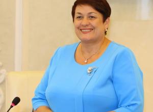 Председатель гордумы Людмила Ткаченко напомнила депутатам о важности планов развития города и страны в рамках «Майского указа Президента»