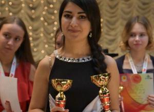 Очаровательная волгодончанка Ханна Голышева покорила жюри вокального конкурса песнями на грузинском и испанском языках
