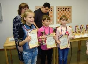 Семь юных шахматистов из Волгодонска показали свое мастерство в финале Гран-При Ростовской области