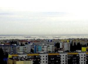 Волгодонские шлюзы работают круглосуточно, но не справляются с потоком кораблей