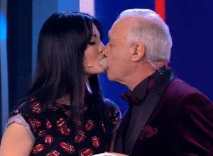 Волгодончанка покорила сердце Якубовича и украла его поцелуй во время шоу «Я могу» на Первом канале