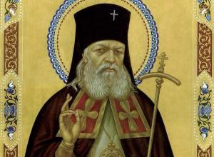 Ковчег с мощами и омофором святого врача и хирурга Луки Крымского прибудет в Волгодонск