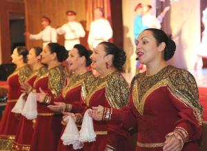 Праздничная программа ко Дню пожилых людей прошла в Волгодонске