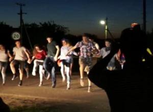 На 1000 рублей могут оштрафовать родителей выпускников, гуляющих по ночному Волгодонску