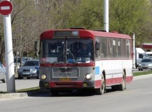 «Ситуация не меняется»: жители обеспокоены движением автобусного маршрута №12