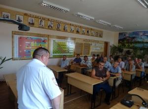 В Волгодонске водителей школьных автобусов попросили соблюдать ПДД
