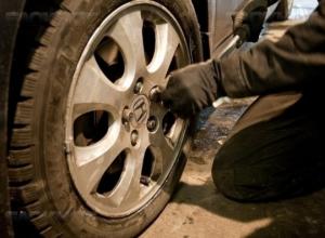 Волгодонец украл у отца колеса за 80 000 рублей
