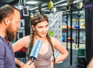 «Бешеный берпи» выбил двух участниц «Мисс Блокнот Волгодонск» из спортивного этапа