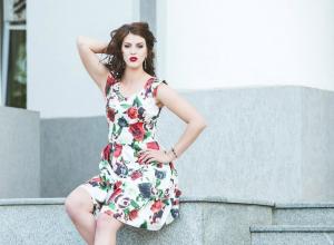 Длинноногая модель Наталья Давыдова намерена побороться за титул «Мисс Блокнот Волгодонска-2017»