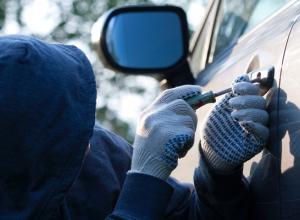 В Волгодонске неизвестные угнали автомобиль «Хендай Акцент»