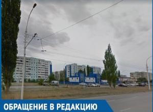 «Кто спаивает волгодонцев?»: жители квартала В-5 возмущены строительством пивбаров на месте автомобильной стоянки