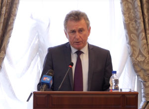 Депутаты Волгодонска единогласно оценили работу главы администрации Виктора Мельникова, как удовлетворительную