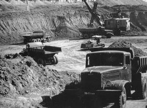 Календарь Волгодонска: на месте «Атоммаша» начали копать огромную яму