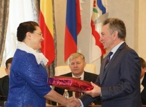Лучшие спортинструкторы Волгодонска получили награды из рук главы администрации города