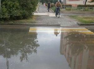 «Только вплавь»: ливни продолжают затапливать Волгодонск