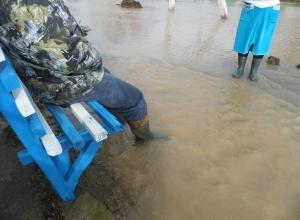 В реанимации скончался пострадавший от потопа в Заветном фермер