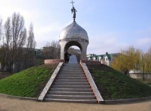 В Международный день памятников для волонтеров проведут экскурсии