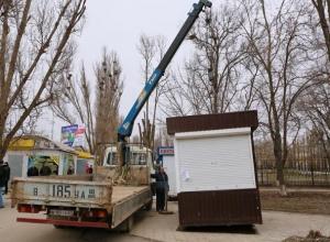 Власти Волгодонска объявили войну ларькам вне закона