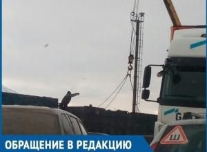 23 автомобиля в Волгодонске стали заложниками «пробки» из-за эгоистичных грузчиков