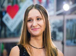 В Волгодонске живут 700 тысяч человек, - участница «Мисс Блокнот» Елена Бурлуцкая