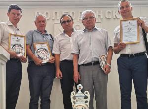 Медики Волгодонска получили награды за участие в городской выставке цветов