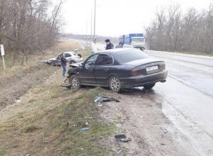 Двое ранены в аварии под Волгодонском