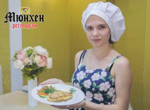 «Веселая» отбивная Яны Крупской стала лучшей на кулинарном этапе