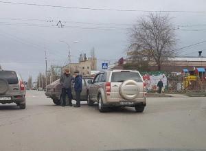 Очередное ДТП на «заколдованном» перекрестке произошло в Волгодонске