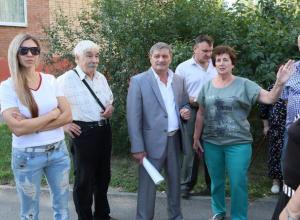 Власти Волгодонска начали работу по демонтажу нелепых «турникетов»