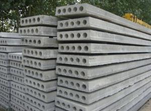 Нехитрый трюк с бетонными плитами помог волгодонскому спекулянту нажиться на жительнице Батайска